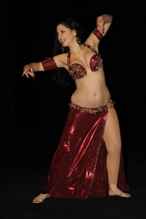 americká orientální tanečnice Virginia Mendez