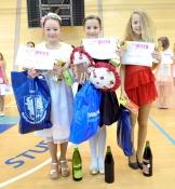 Vítězky Mini Miss sportaerobic : zleva Kristýna Rykrová, Natálie Eiseltová, Michaela Veselá.