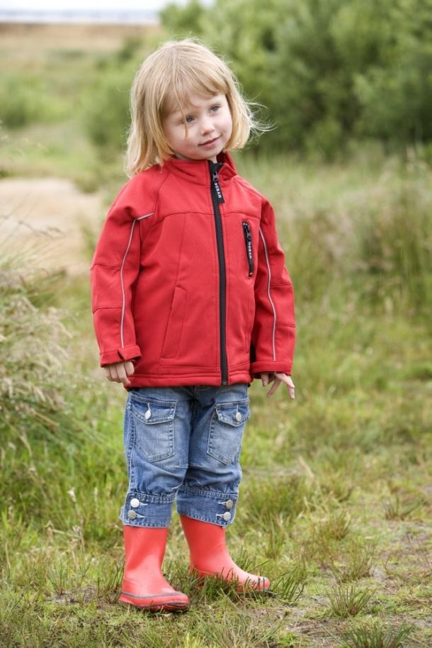 Softshellová bunda, ideální řešení pro jarní počasí