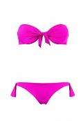 Calzedonia představuje novou kolekci plavek a plážového oblečení jaro/léto 2012