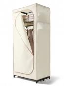 Skládací šatní skříň Tchibo může sloužit i na ukládání sezónního oblečení nebo jako skříň pro hosty. Skříň vybavena prostornou odkládací přihrádkou a šatní tyčí.