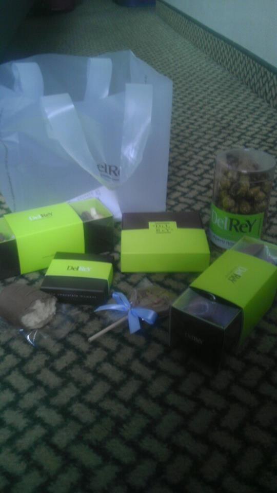 A jako bonus exkluzivní foto pro Aerobic.cz: Čokoláda, kterou si koupily v Belgii Madonny z FCBHŠ :-)