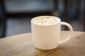 Vyhrajte balíček Starbucks: hrnek, káva a voucher
