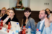 Porota vybrala finalistky  soutěže Dívka České republiky 2016